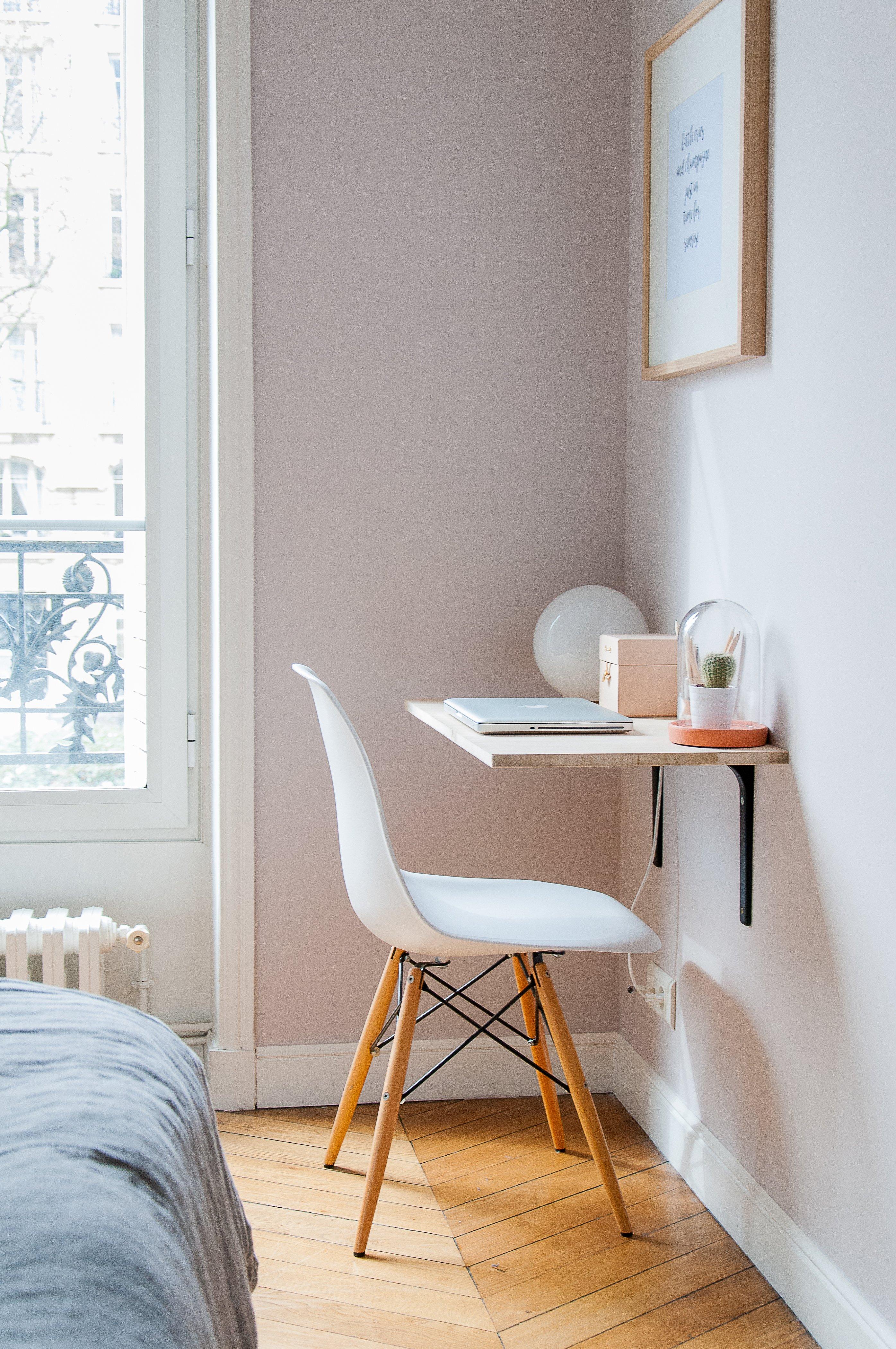 cum alegi mobila pentru un dormitor mic birou