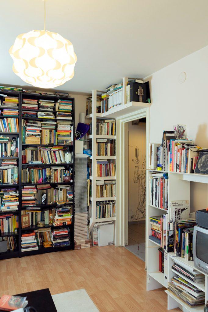 tur de casa cristian neagoe biblioteca billy