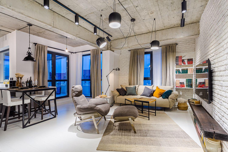 Living open space bucătărie cu insulă stil industrial metal tavan beton aparent perete cărămidă albă arh. Cristina Golban Delta Studio Design