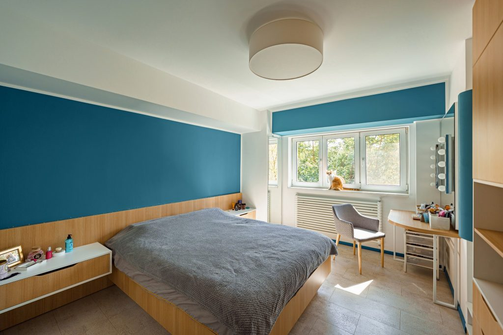 amenajare apartament bucuresti dormitor albastru