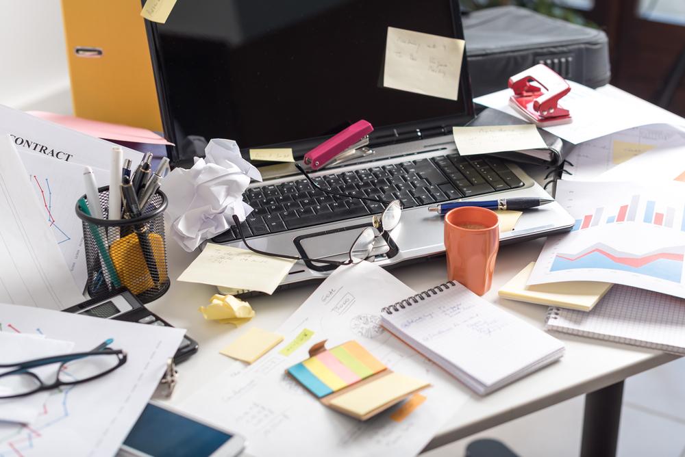 obiceiuri proaste curățenie birou