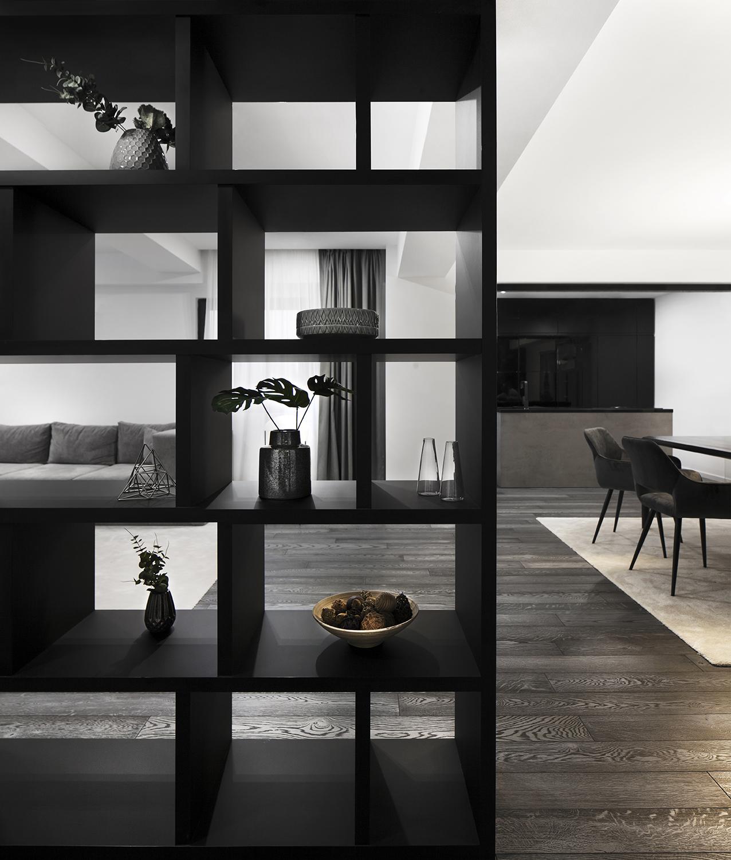 Amenajare dining alb negru apartament Craiova Blanc Architecture