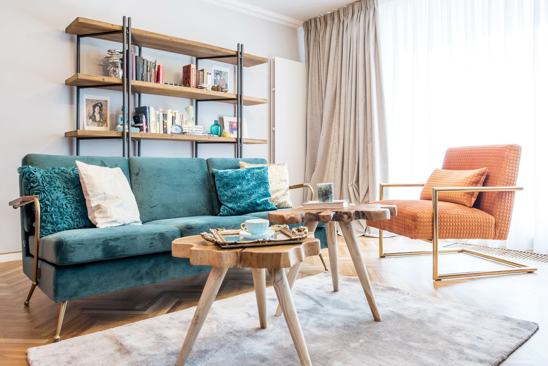 Apartament modern colorat