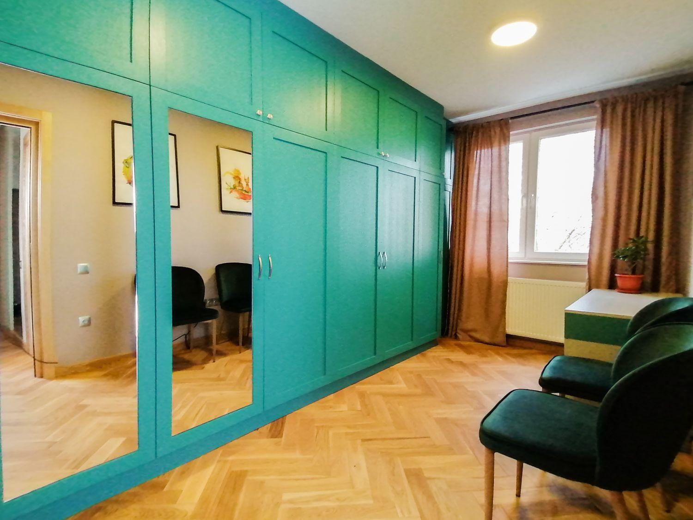 Dressing verde pe comanda - amenajare Pibo Projects