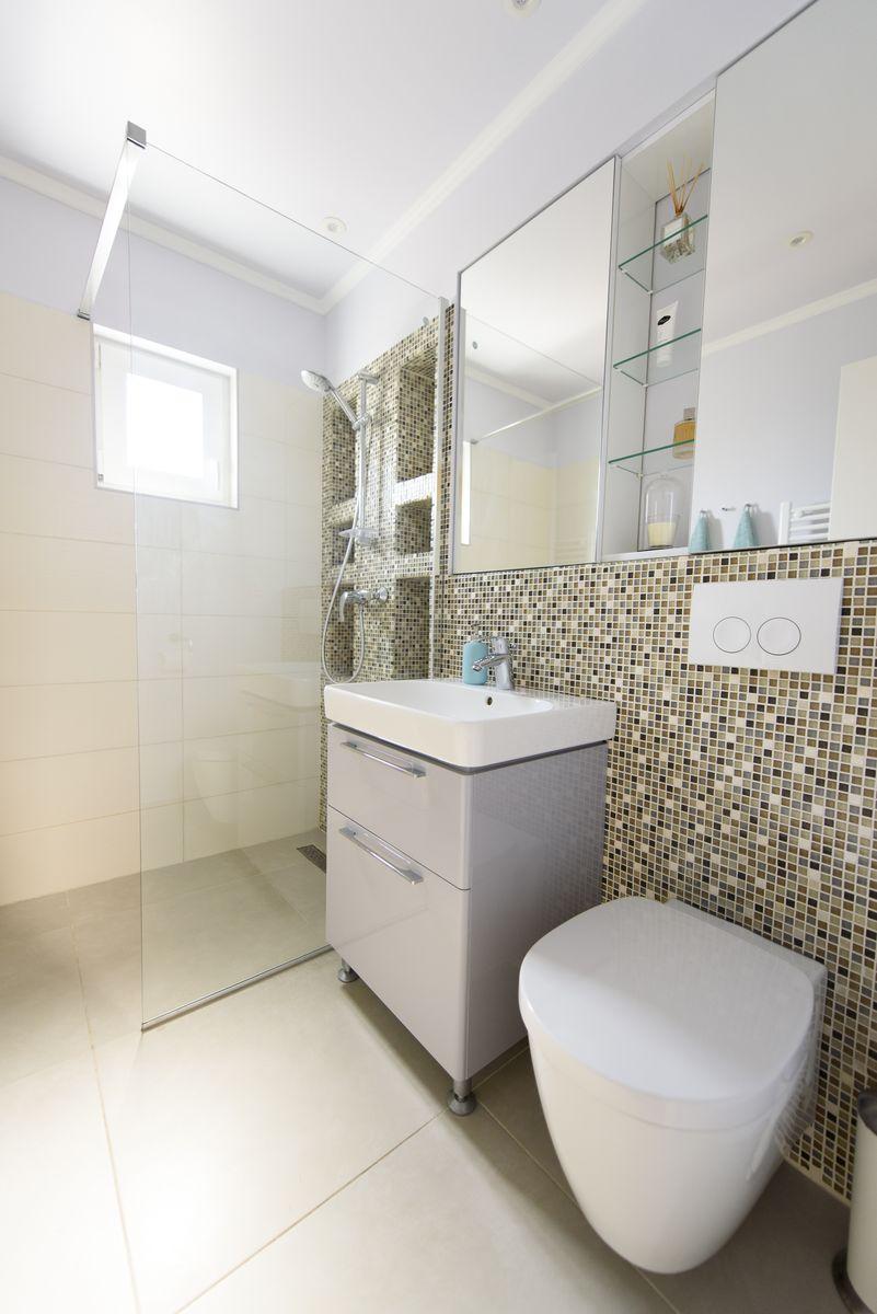apartament de 3 camere baie