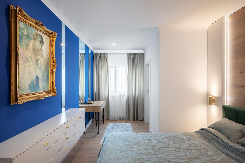 duplex perete albastru