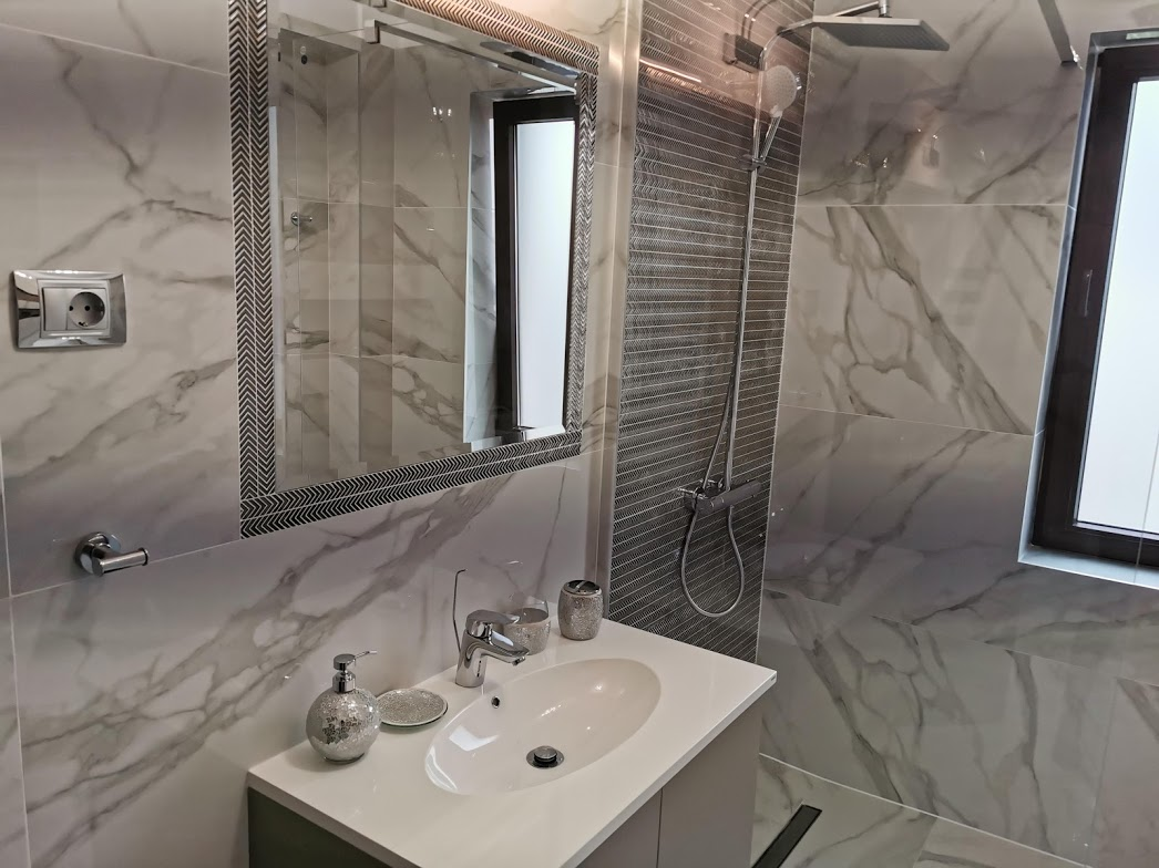 Amenajare baie marmura Iasi designer de interior Simona Tudorachi - Evia (3)