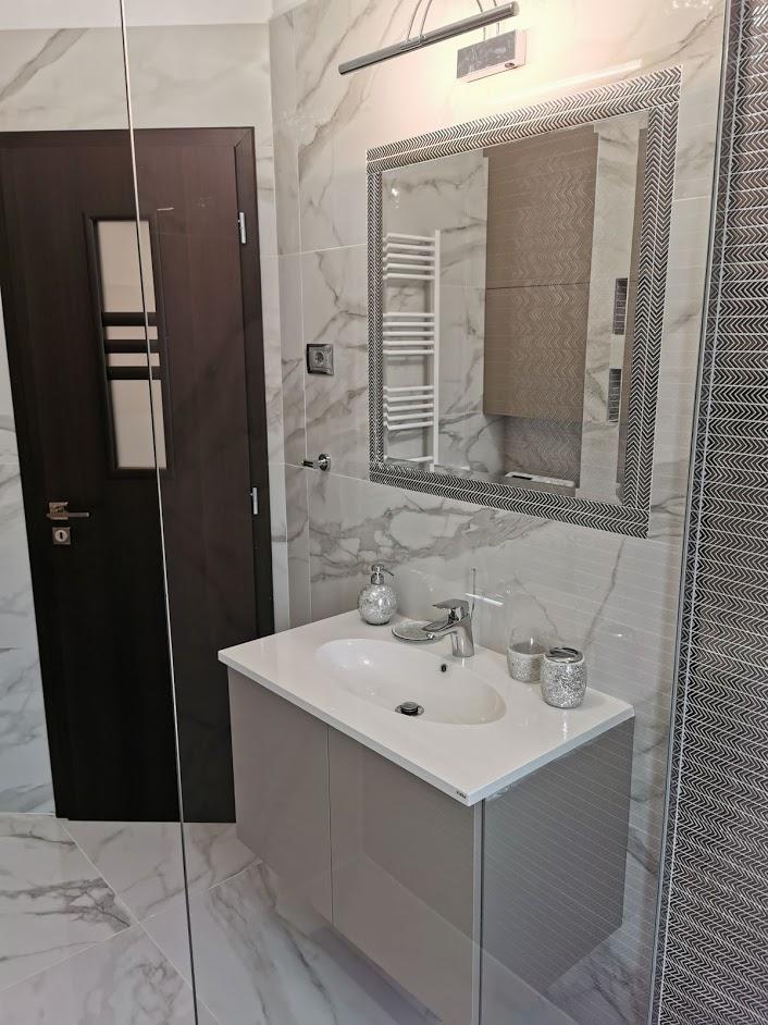 Amenajare baie marmura Iasi designer de interior Simona Tudorachi - Evia