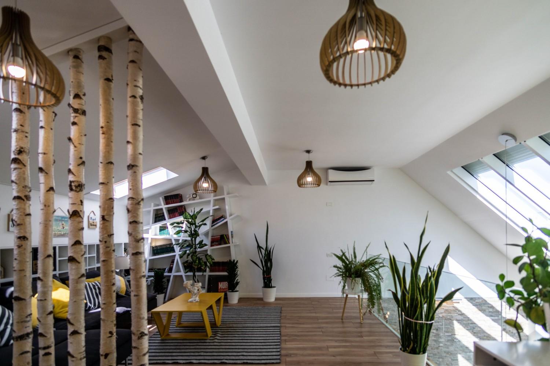 Penthouse mamaia duplex cu vedere spre mare - living open space ferestre de mansarda - designer Alina Enica (3)