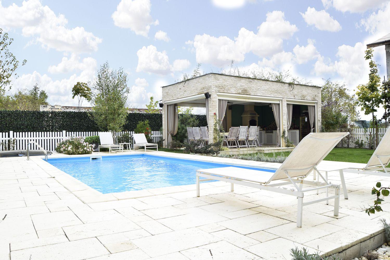 casa cu piscina Corbeanca