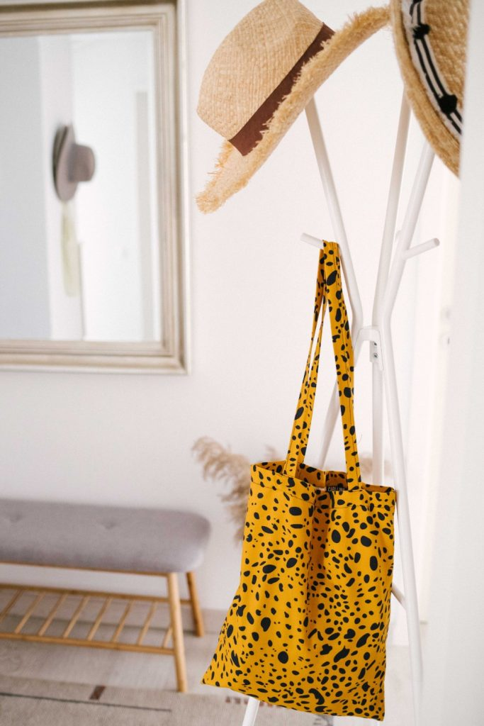 home_tour_ioana_buru_cuier_IKEA