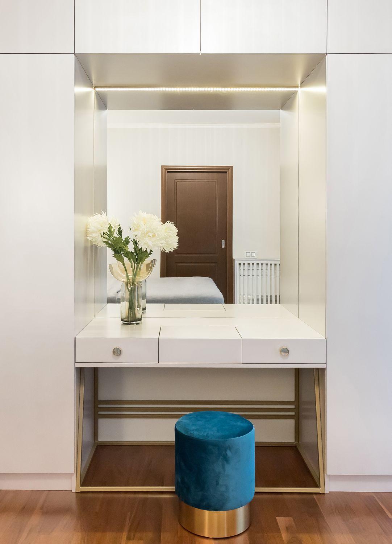 apartament glam masa de toaleta