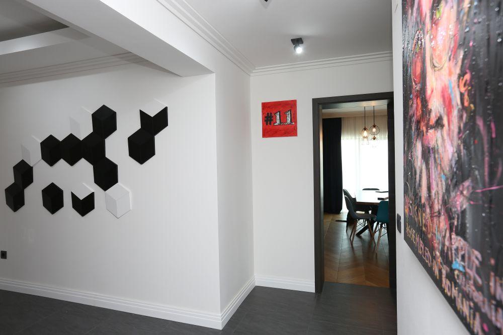 Jocul de hexagoane alb-negru