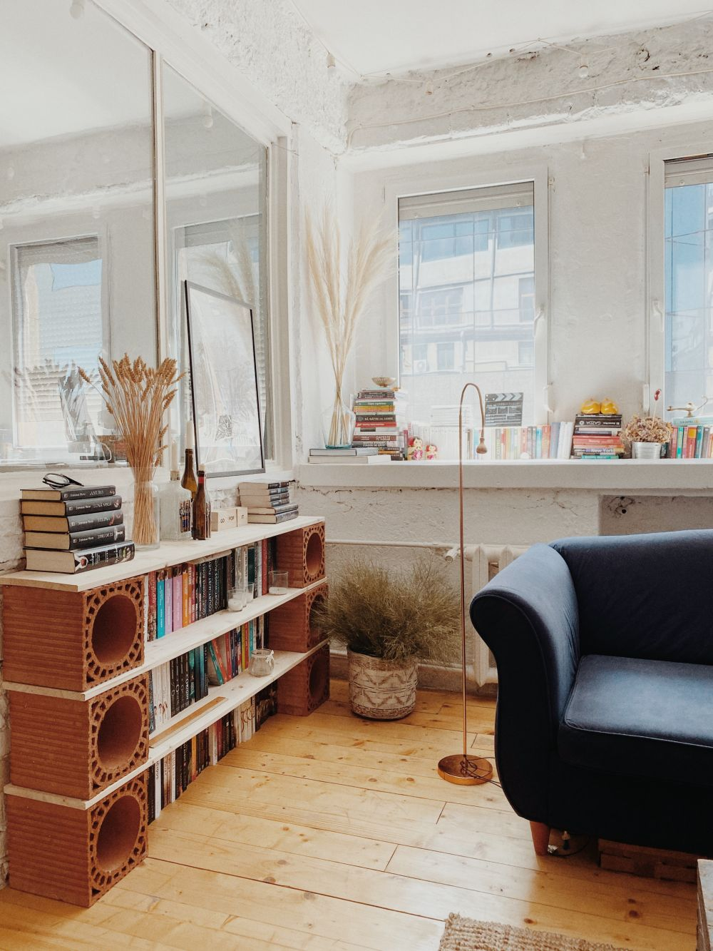 bibliotecă DIY