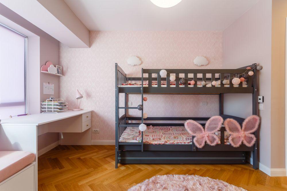 Dormitorul fetiţelor