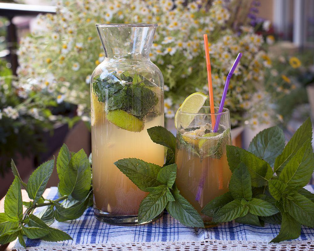 răcorirea casei vara băuturi cu gheață