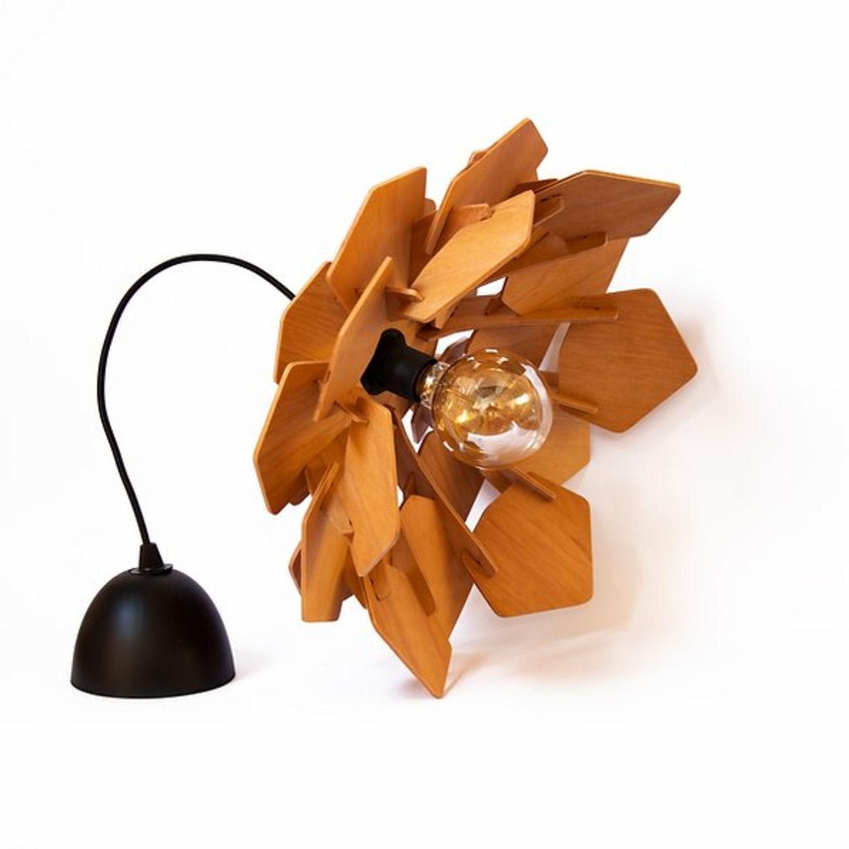 decoratiuni din lemn - abajur floare