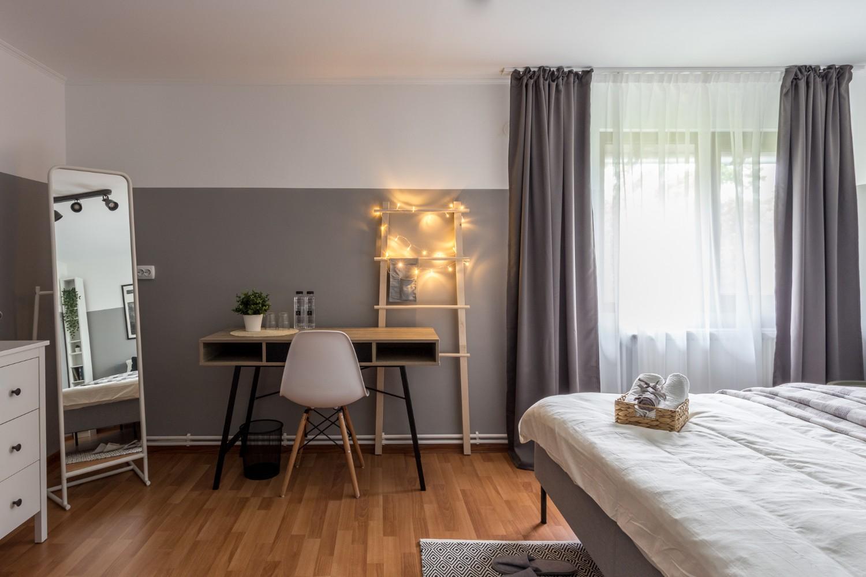 Zen Casa Comarnic dormitor gri stil scandinav