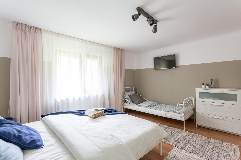 Zen Casa Comarnic - dormitor triplu dupa amenajare After Deco