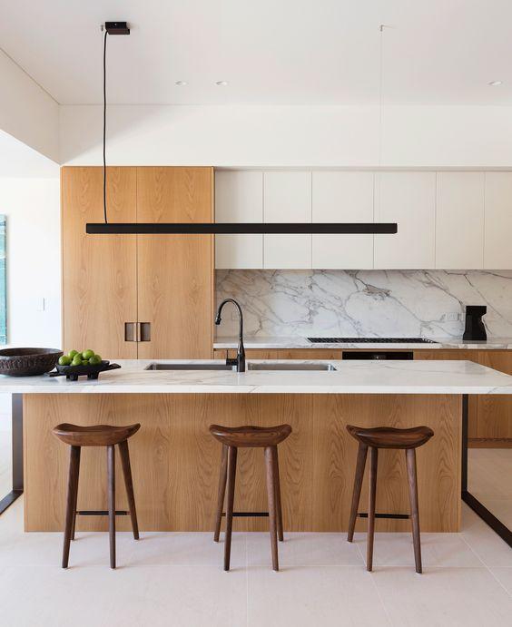 Barul poate fi integrat în insula bucătăriei