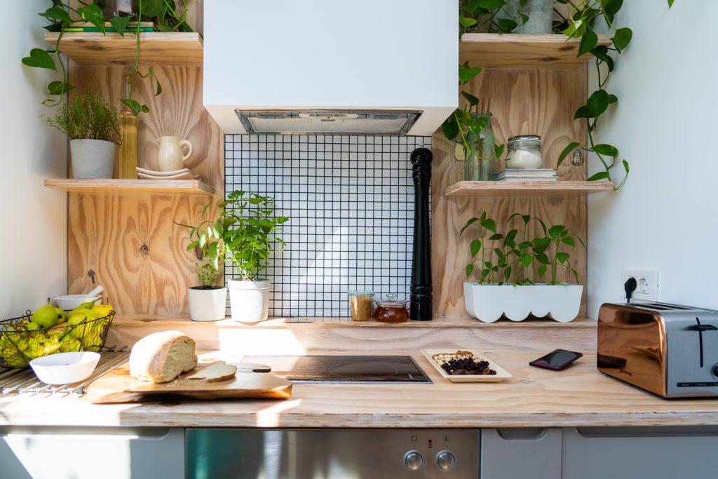 casă pe pământ amenajare bucătărie