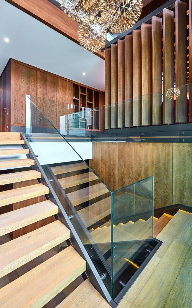 Scara interioara lemn sticla ardezie_loft duplex Brasov_In Situ (1)