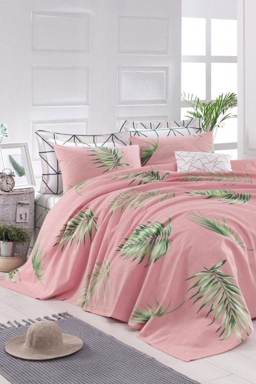 cuverturi de pat deosebite roz