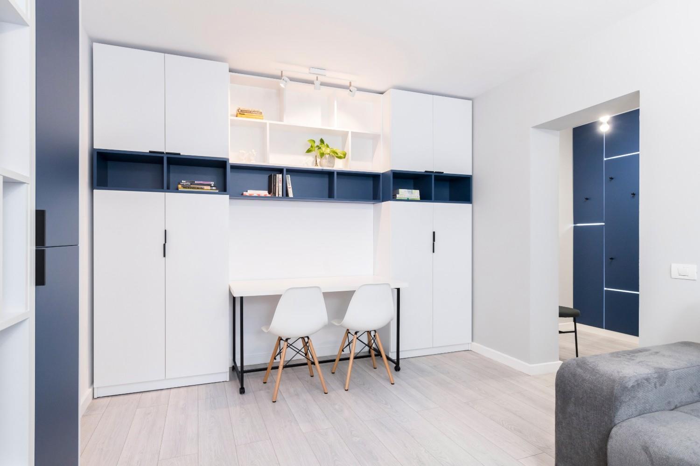 Renovare apartament Militari Vim Studio - living cu alb și albastru (6)