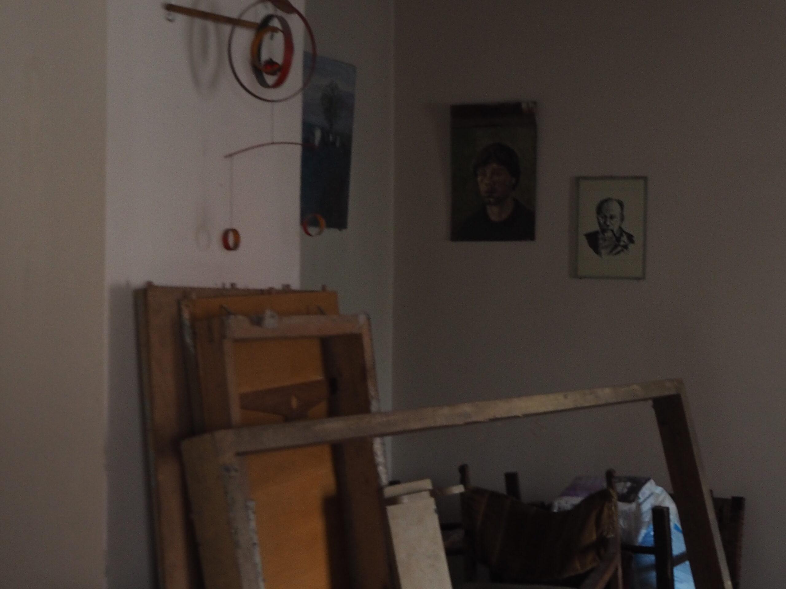 Renovare apartament vechi Universitate - birou stil industrial (1)