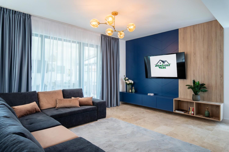 Living open space - bucatarie cu mobilier turcoaz si galben - AITO (2)