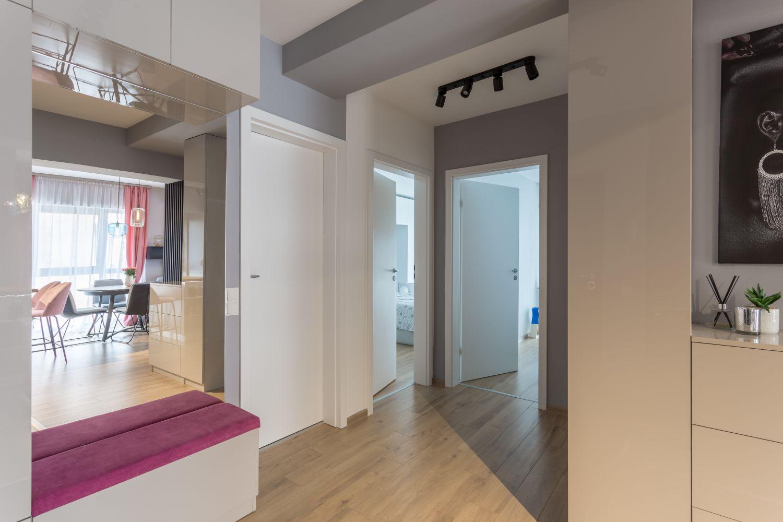 hol apartament moghioros park residence