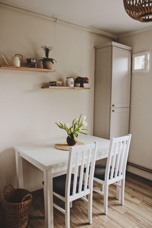 bucatarie apartament renovat