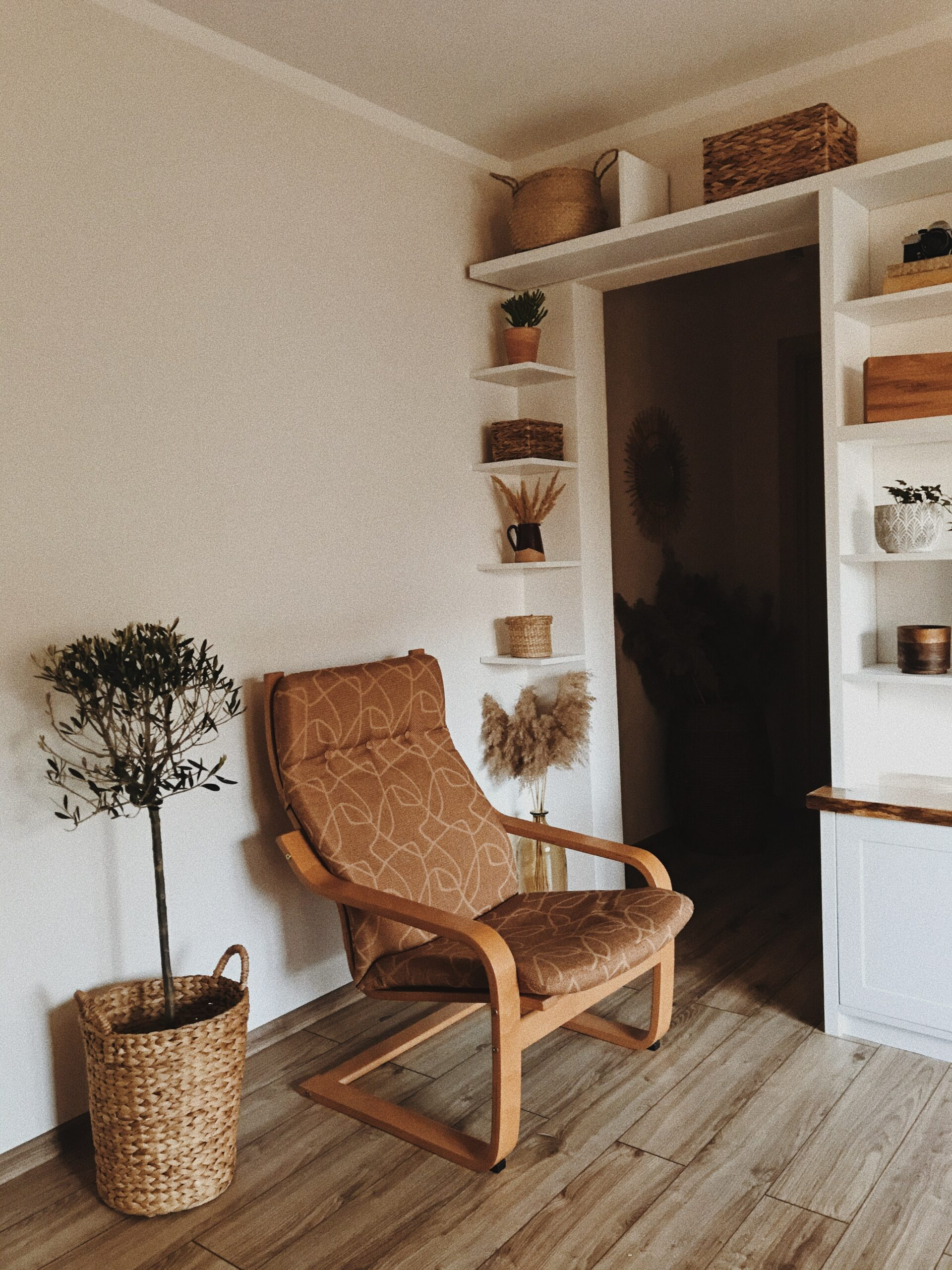 colt de citit living scandinav