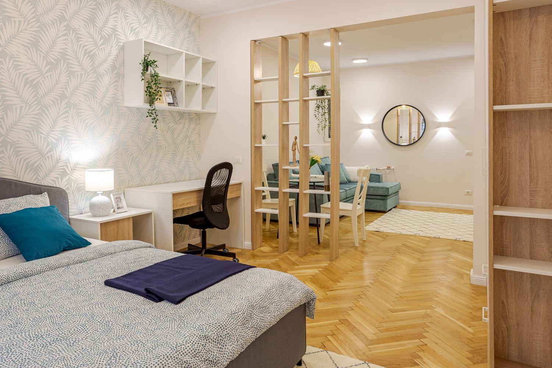Amenajare Cristiana Zgripcea - birou in dormitor