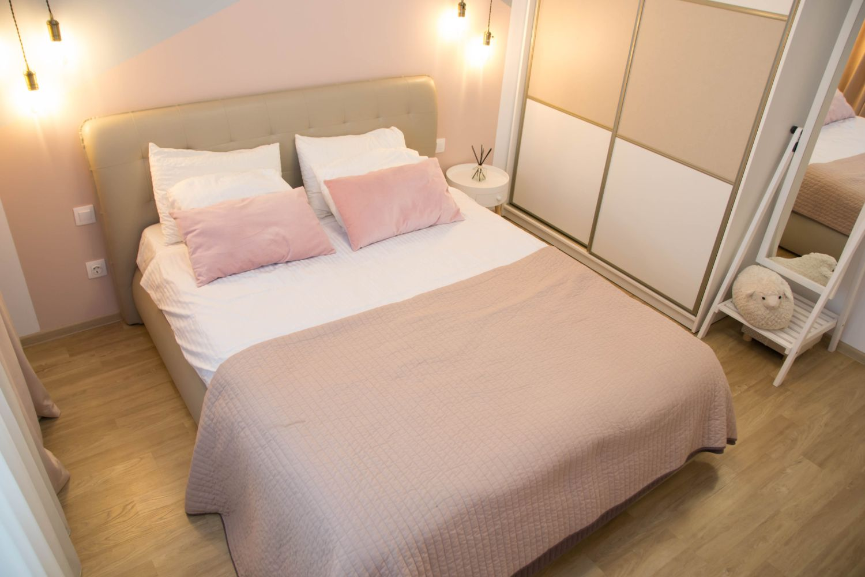Amenajare dormitor roz pastelat Bucuresti SiArh Silvia Ionescu (4)