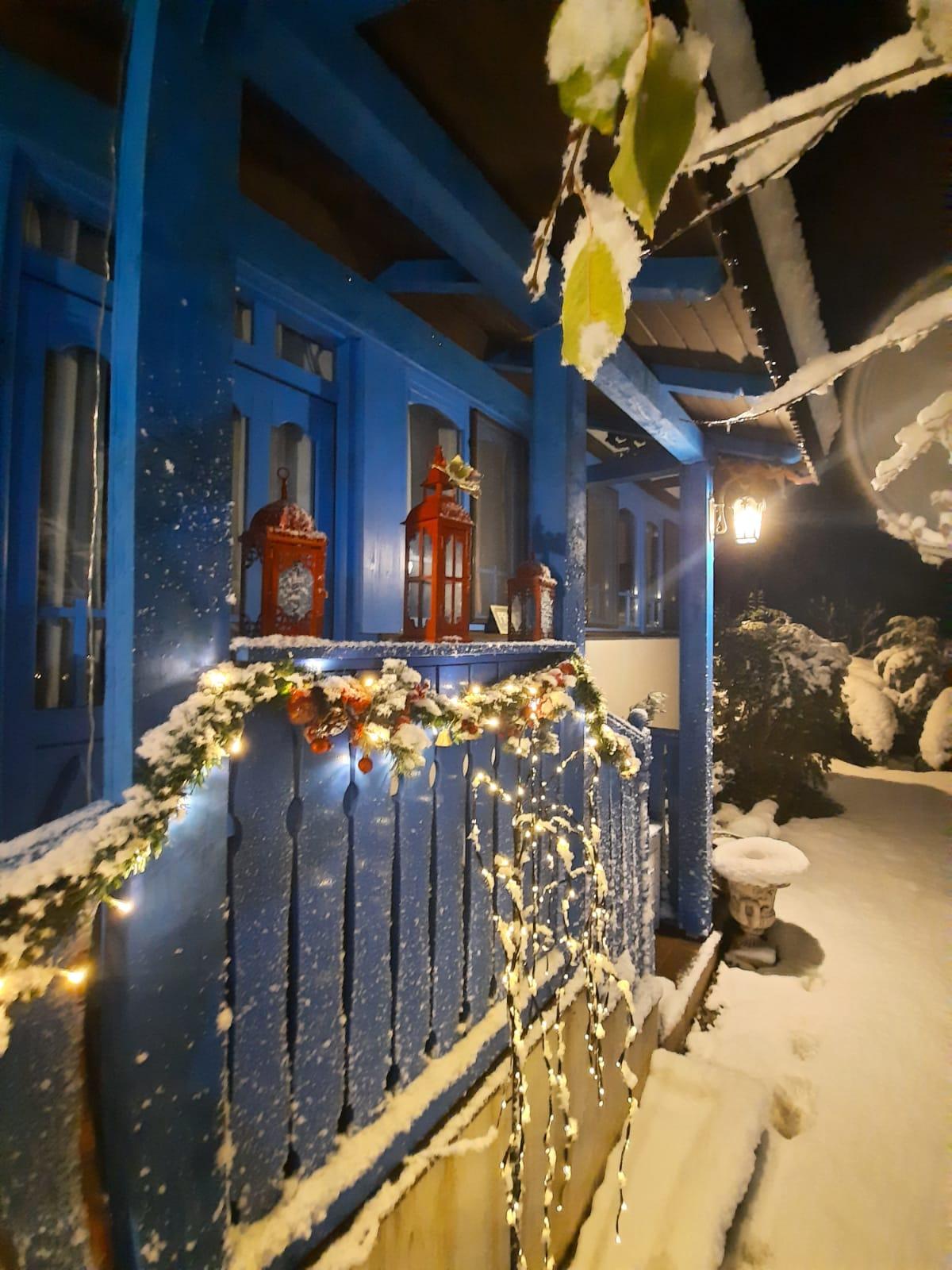Casa Varvara în diferite anotimpuri ale anului