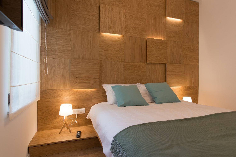 Dormitor perete placat cu MDF - Renovare apartament mic Bucuresti KiwiStudio (1)