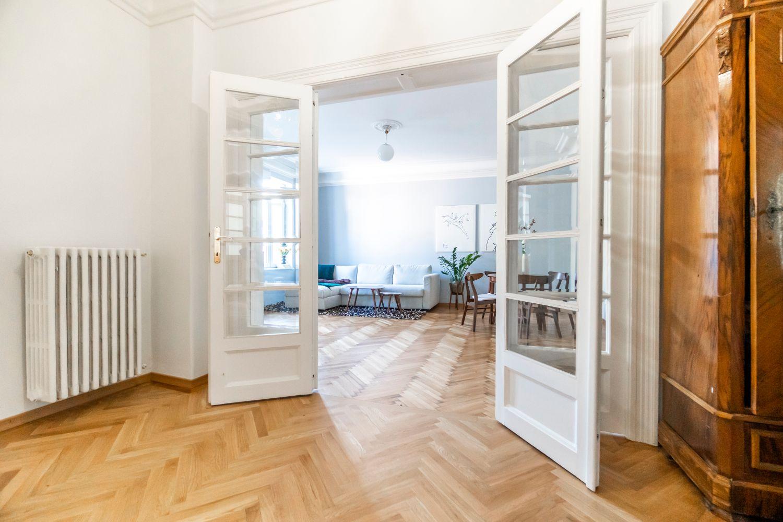 Hol - renovare apartament vechi Amzei Kanso Design arh. Andra Bica