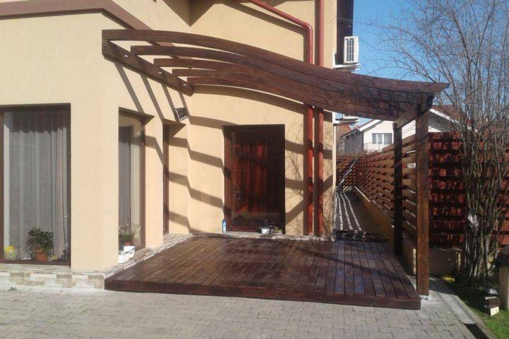 terasa lemn linii curbe