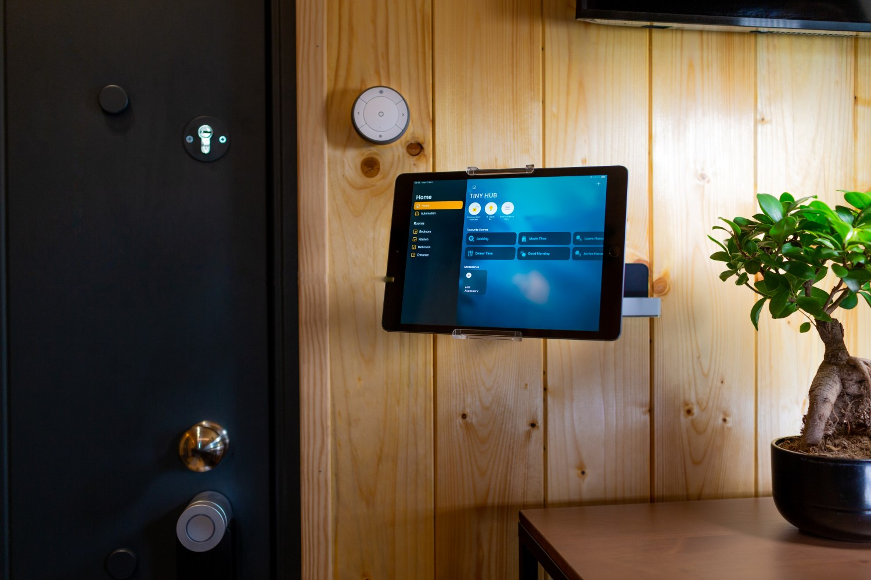 Detalii smarthome - Tiny Hubs