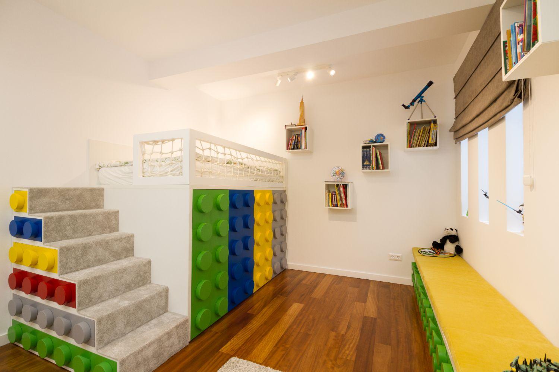 Amenajare camera baiat tematica Lego_Miso Architects (1)
