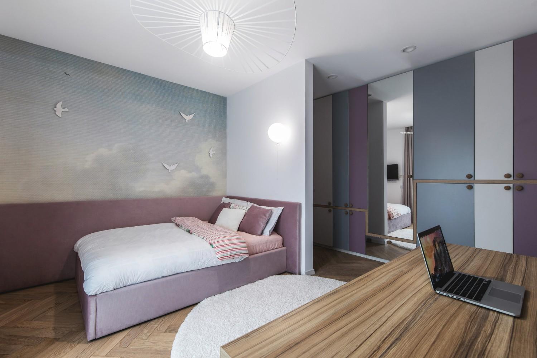 Amenajare dormitor copil fetita roz pasari nori_Studio 2 (3)
