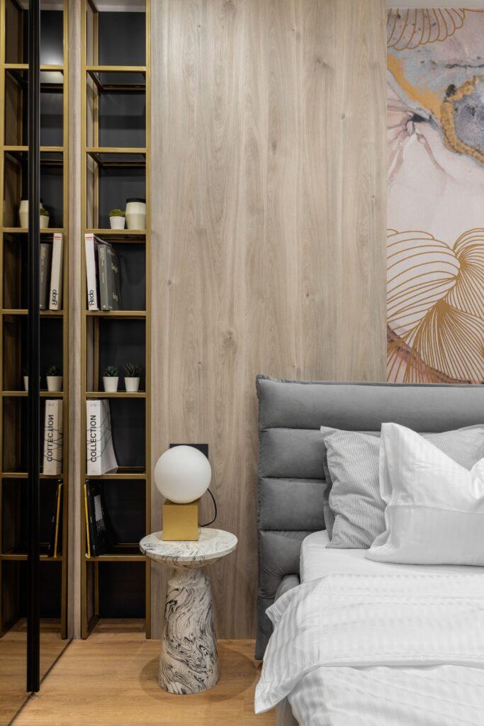 Dormitor matrimonial fototapet - design interior Pure Mess Design (1)
