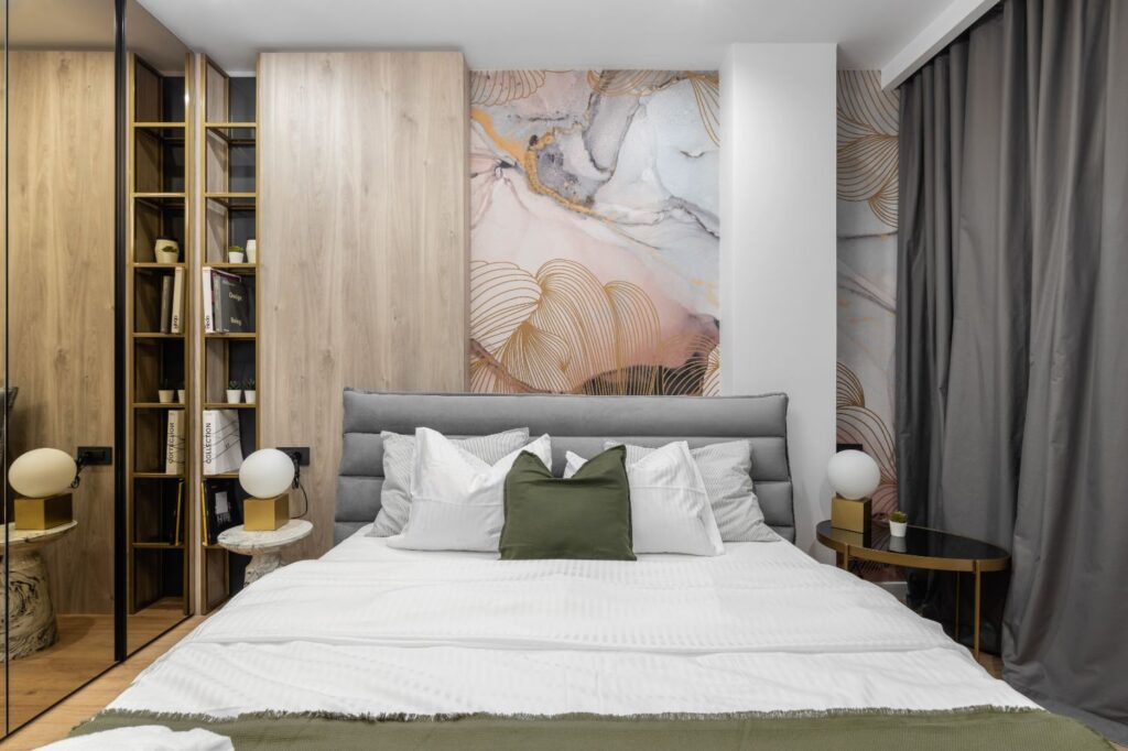 Dormitor matrimonial fototapet - design interior Pure Mess Design (4)