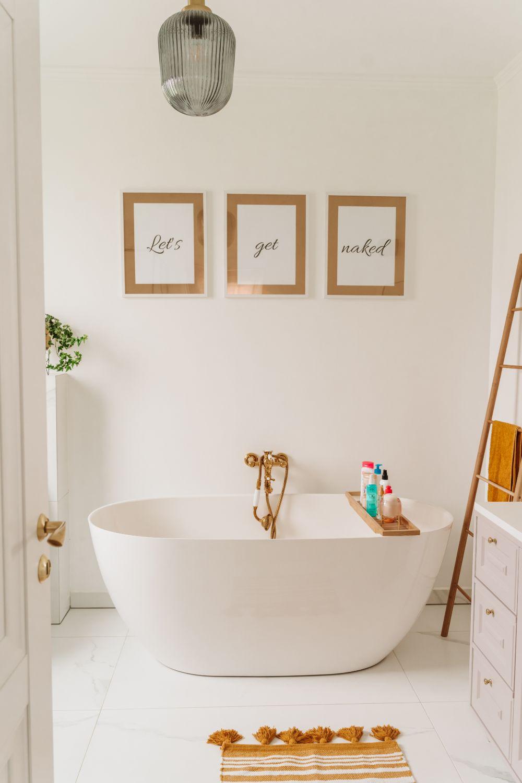baie casa pe un nivel