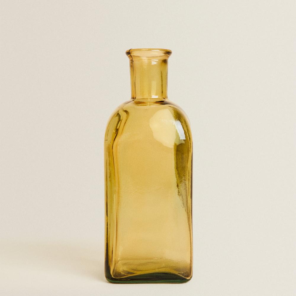 vaza sticla galbena