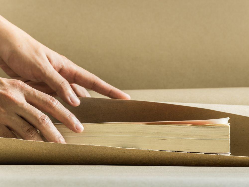 cum să împachetezi cărțile fragile