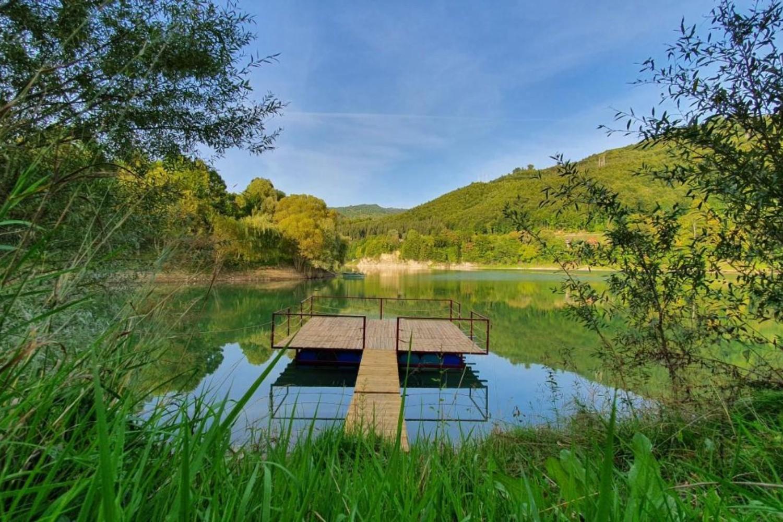 ponton lac noble chalet