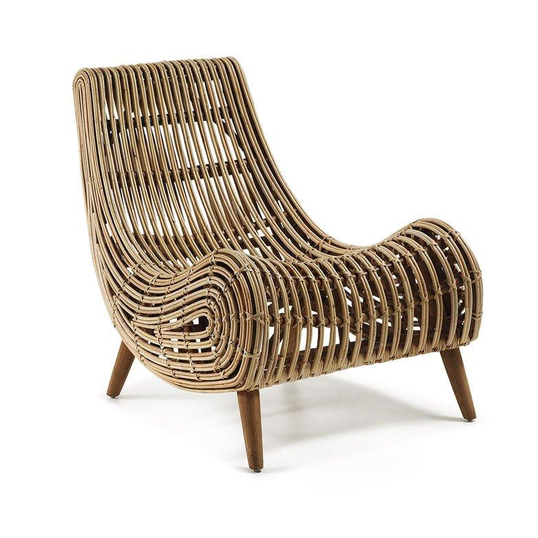 scaun-lounge-maro-din-ratan-si-lemn-de-mahon-tika-kave-home_19775