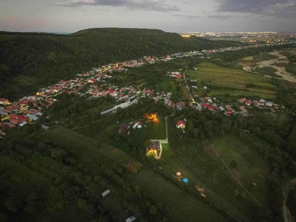 Răzvan Dobre spune că satul Banului este un sat cu oameni gospodari și avuți